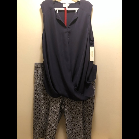 Laundry By Shelli Segal Pants - Laundry Navy Pattern Short  with Top Set Size 12